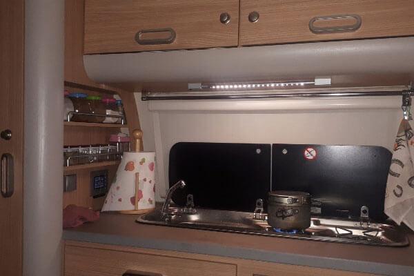 Трейлер-автодом с кухней